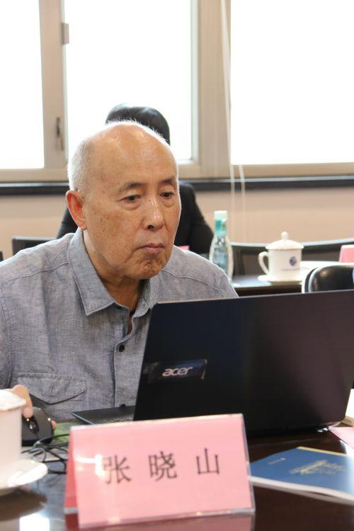 中国社会科学院学部委员、研究员 张晓山